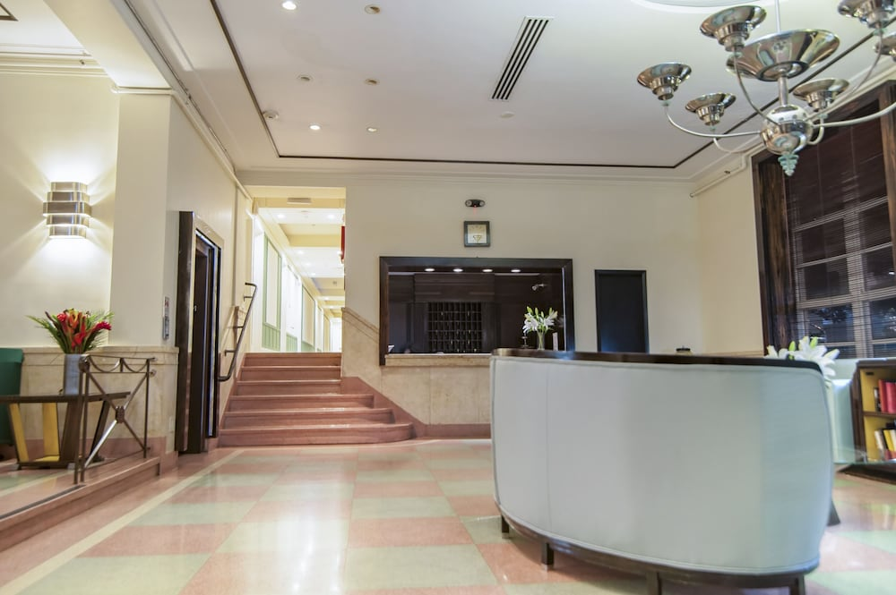 Lobby, Greenview Hotel