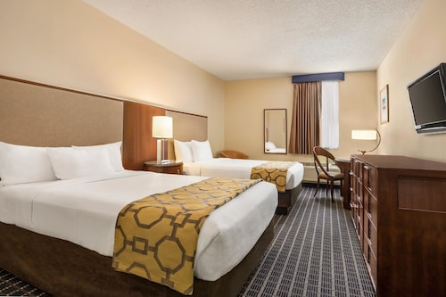 Great Place to stay Baymont by Wyndham Florida City near Florida City