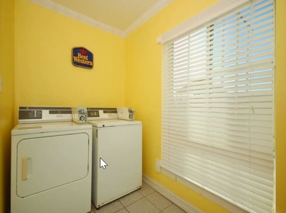 Laundry Room, Best Western El Centro Inn