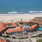 Embassy Suites by Hilton Mandalay Beach Hotel & Resort