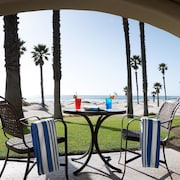 Embassy Suites Mandalay Beach - Hotel & Resort