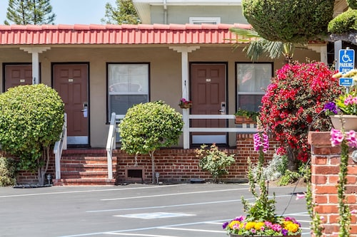 Great Place to stay Rodeway Inn Berkeley near Berkeley