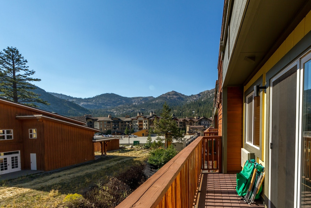Red Wolf Lodge At Squaw Valley in Lake Tahoe, CA | Expedia