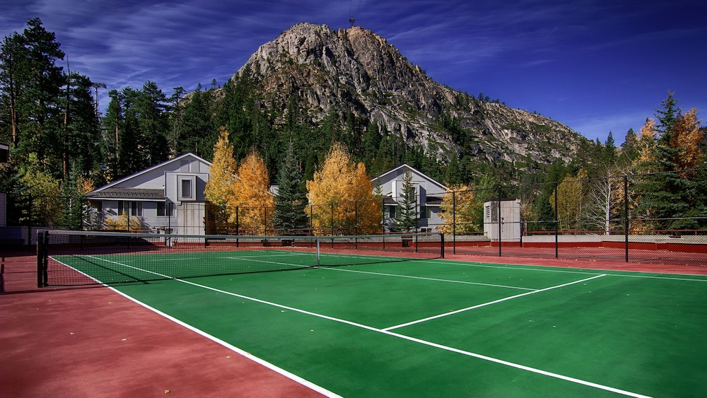 Tennis Court, Squaw Valley Lodge