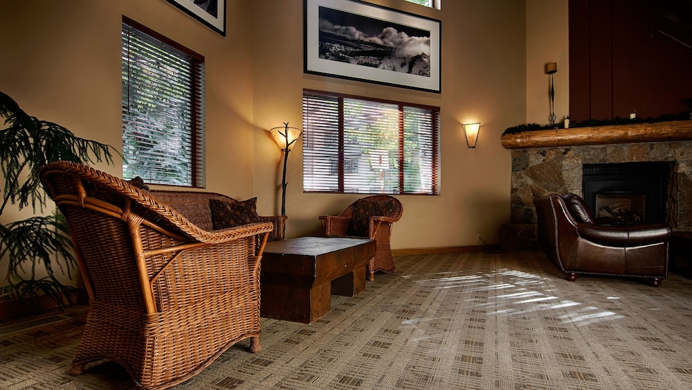 Lobby, Squaw Valley Lodge