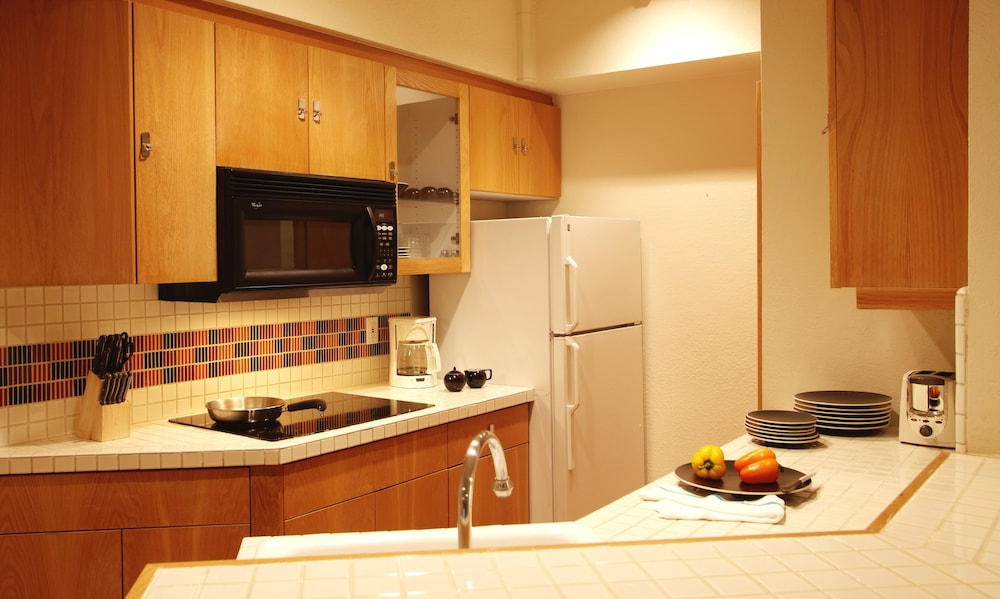 Private Kitchenette, Squaw Valley Lodge