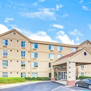 Ramada Atlanta Airport East/Forest Park