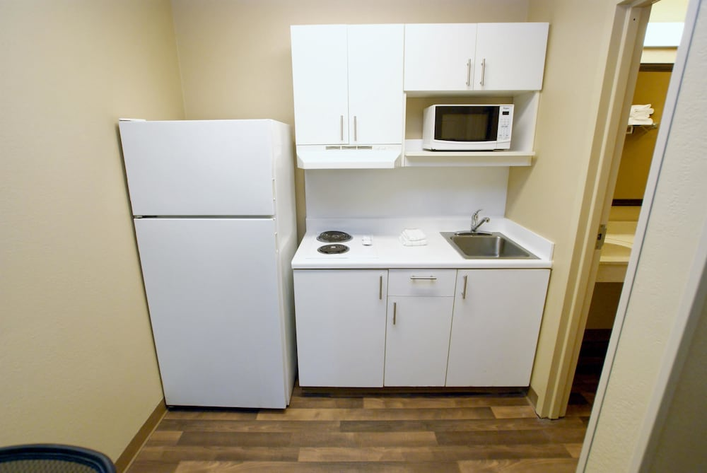 Private Kitchen, Extended Stay America Chesapeake - Crossways Boulevard