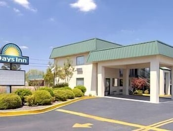 Featured Image, Days Inn by Wyndham Blakely