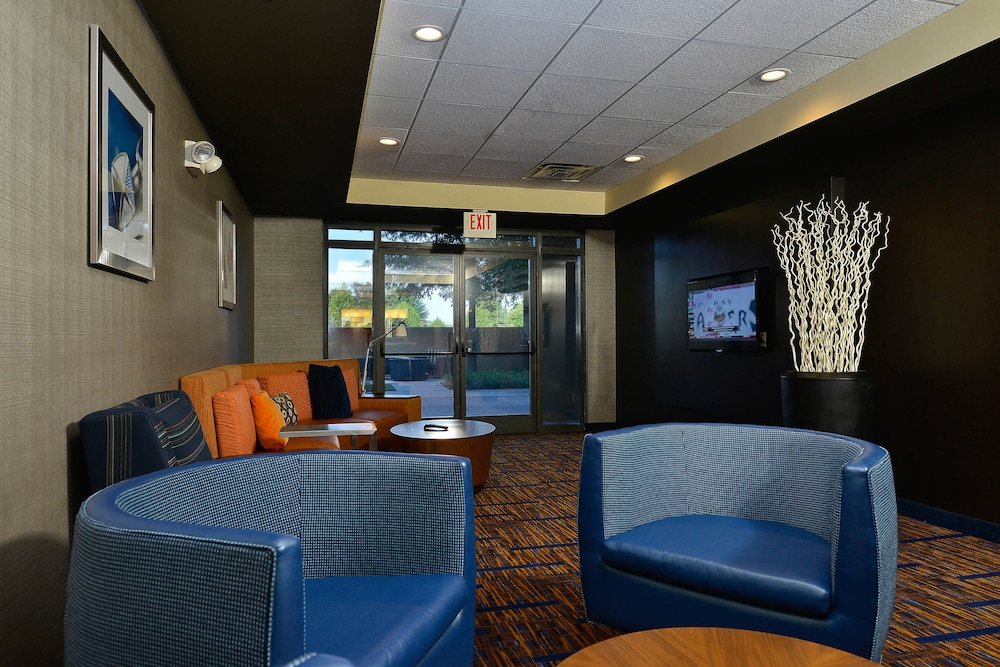 Courtyard By Marriott Bentonville: 2019 Pictures, Reviews, Prices