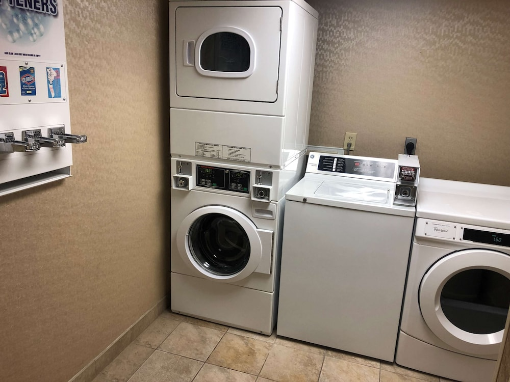 Laundry Room, Best Western Plus Houston Energy Corridor
