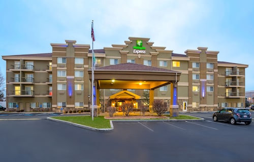 Great Place to stay Holiday Inn Express - Layton near Layton