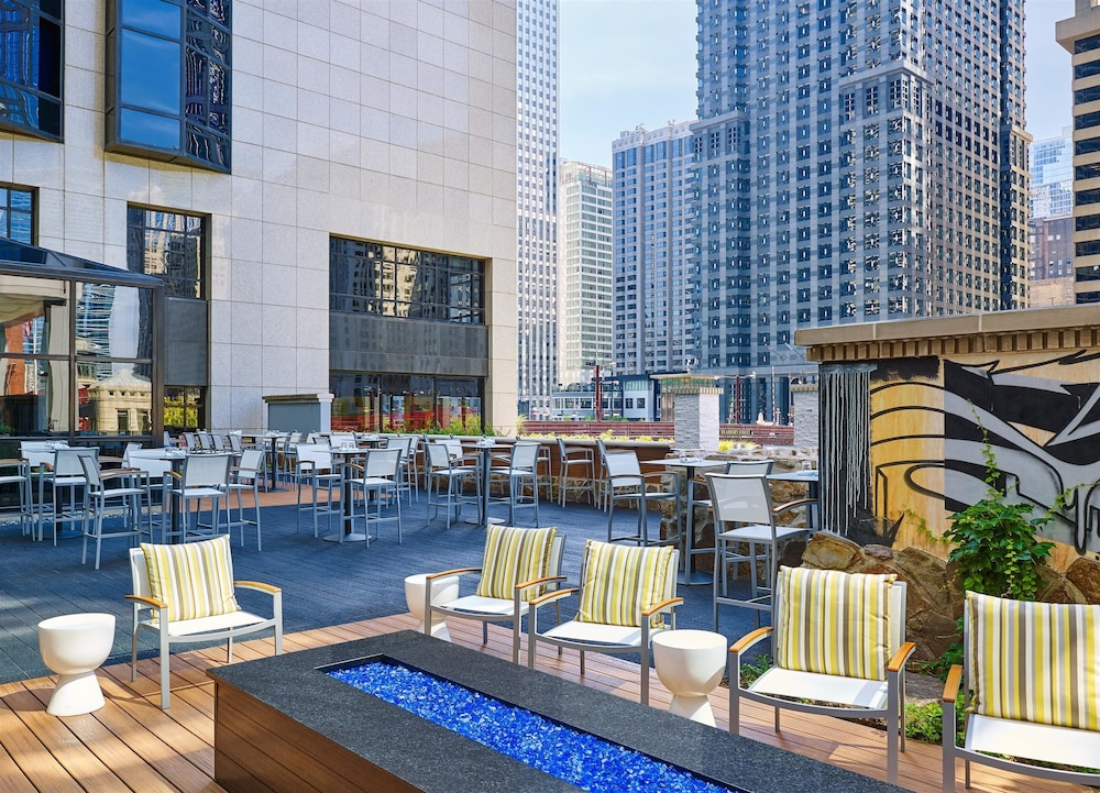 The westin chicago river north in chicago hotel rates for Chicago hotel accommodation