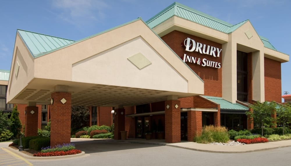 Property Entrance, Drury Inn & Suites St. Louis Fairview Heights