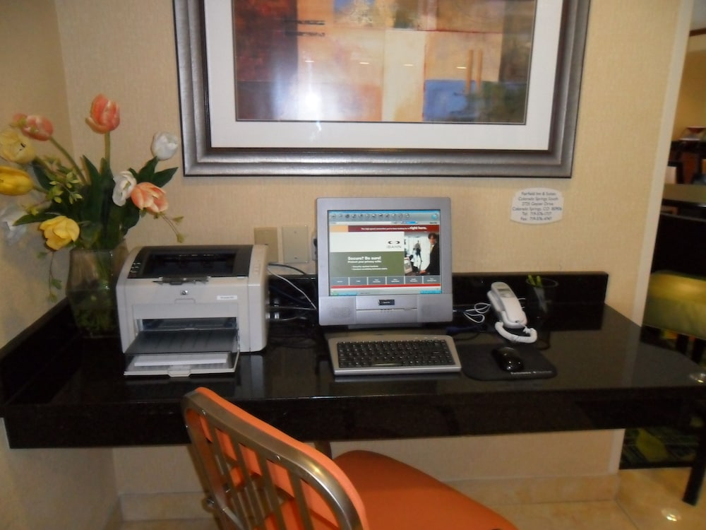 Business Center, Fairfield Inn & Suites by Marriott Colorado Springs South