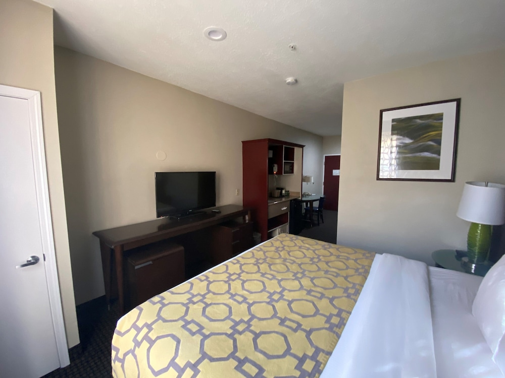 Room, Baymont by Wyndham Colorado Springs