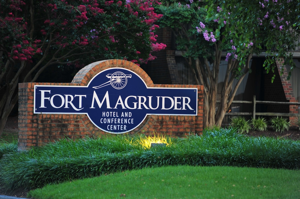 Front of Property - Evening/Night, Fort Magruder Hotel Trademark Collection by Wyndham