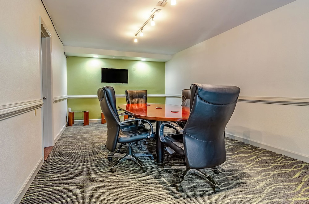 Meeting Facility, Quality Inn & Suites Creedmor - Butner