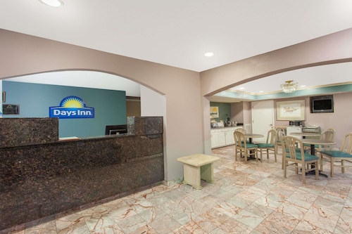 Days Inn by Wyndham Decatur Priceville I-65 Exit 334