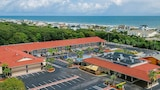 Days Inn & Suites Amelia Island At the Beach - Fernandina Beach Hotels