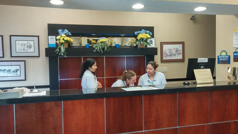 Reception, Days Inn by Wyndham Collinsville