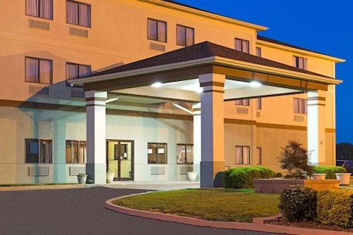 Great Place to stay Days Inn by Wyndham Collinsville near Collinsville