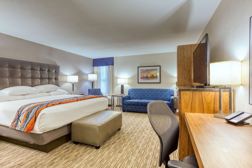 Room, Drury Inn & Suites St. Louis Collinsville