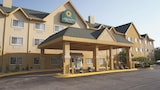 La Quinta Inn & Suites Bolingbrook - Bolingbrook Hotels