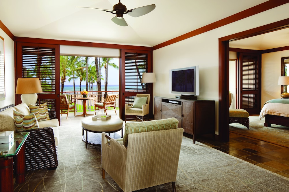 Living Area, Four Seasons Resort Hualalai