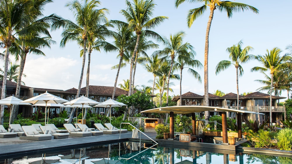 Outdoor Pool, Four Seasons Resort Hualalai