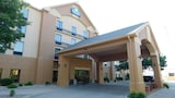 Days Inn Suites Cedar Rapids - Cedar Rapids Hotels