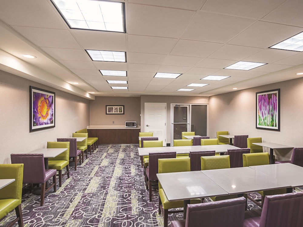 Meeting Facility, La Quinta Inn & Suites by Wyndham Flagstaff