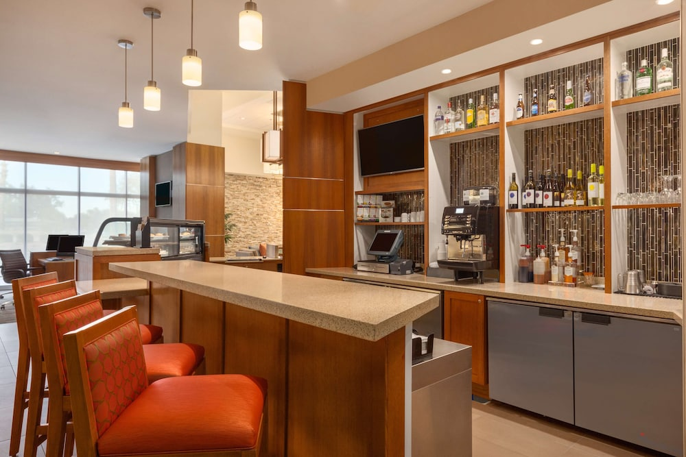Bar, Hyatt Place Phoenix/Chandler-Fashion Center