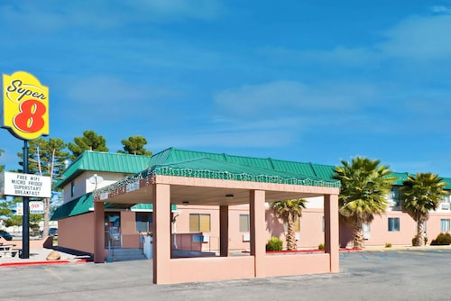 Great Place to stay Super 8 by Wyndham Alamogordo near Alamogordo