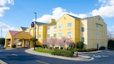 Eagles Nest Inn - Statesboro Hotels