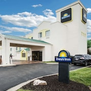 Days Inn by Wyndham Blue Springs