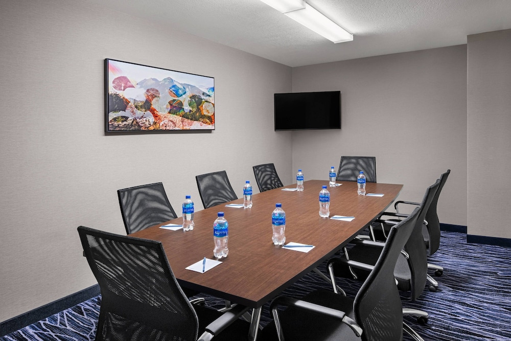 Meeting Facility, Fairfield Inn and Suites by Marriott Denver Airport