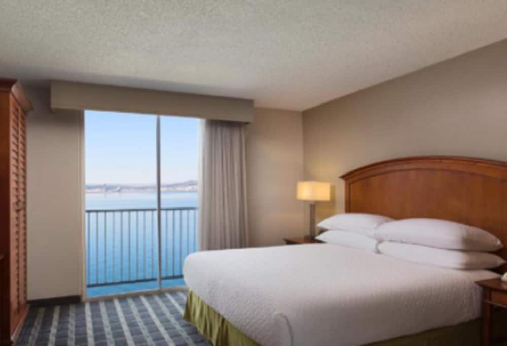 Water view, Embassy Suites by Hilton San Francisco Airport Waterfront