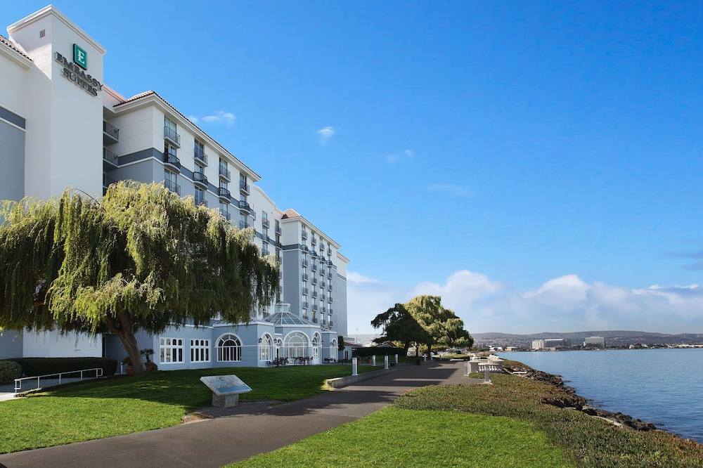 Exterior, Embassy Suites by Hilton San Francisco Airport Waterfront