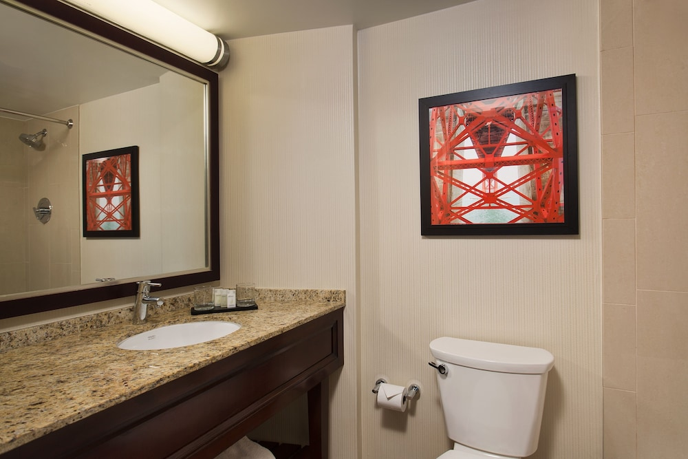 Bathroom, Embassy Suites by Hilton San Francisco Airport Waterfront