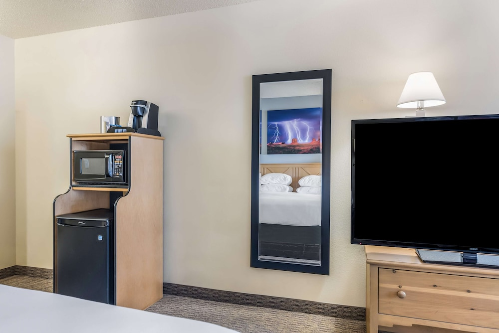 Room Amenity, Red Lion Inn & Suites Goodyear Phoenix