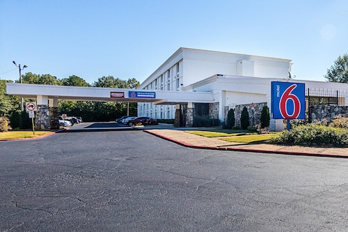 Motel 6 Decatur GA