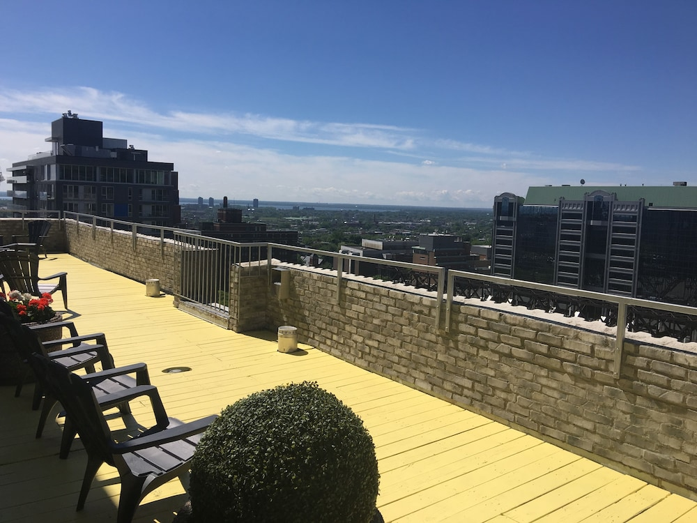 La tour belvedere apartment hotel in montreal hotel for Appart hotel montreal