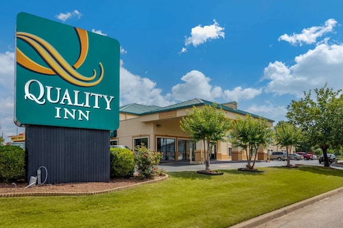 Quality Inn Auburn Campus Area I-85