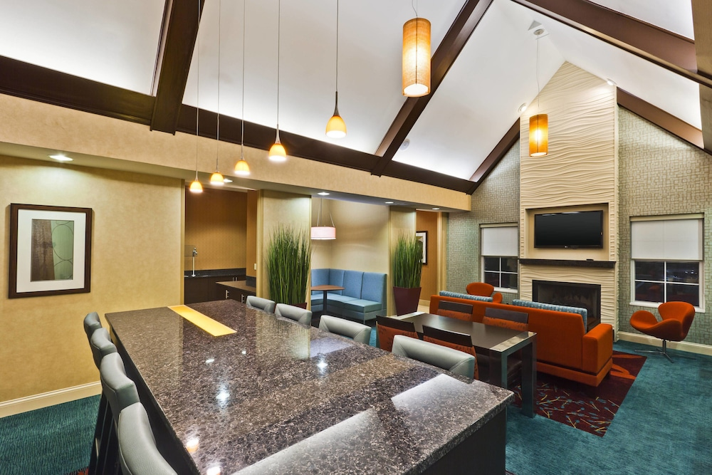 Lobby, Residence Inn by Marriott Indianapolis Fishers