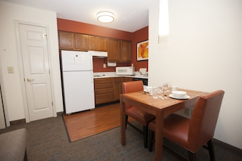 Suite, 1 Bedroom - In-Room Dining