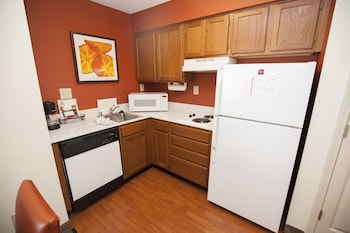 Suite, 2 Bedrooms - In-Room Kitchen