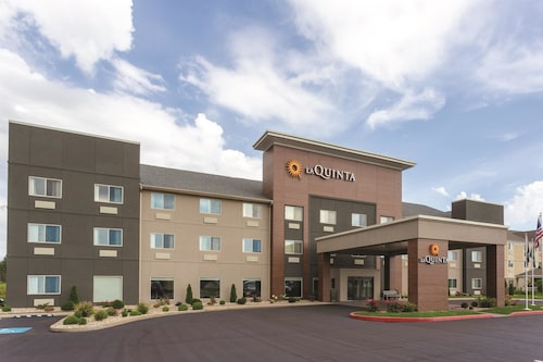 Great Place to stay La Quinta Inn & Suites Elkhart near Elkhart