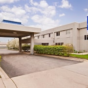 Americas Best Value Inn & Suites-Waukegan/Gurnee