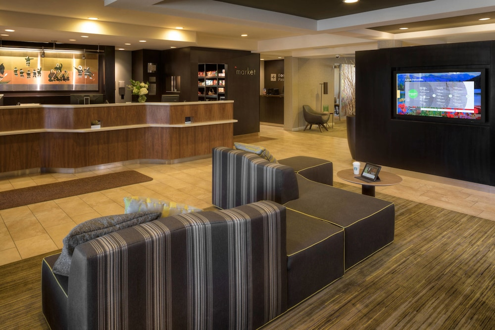 Lobby, Courtyard by Marriott Anchorage Airport